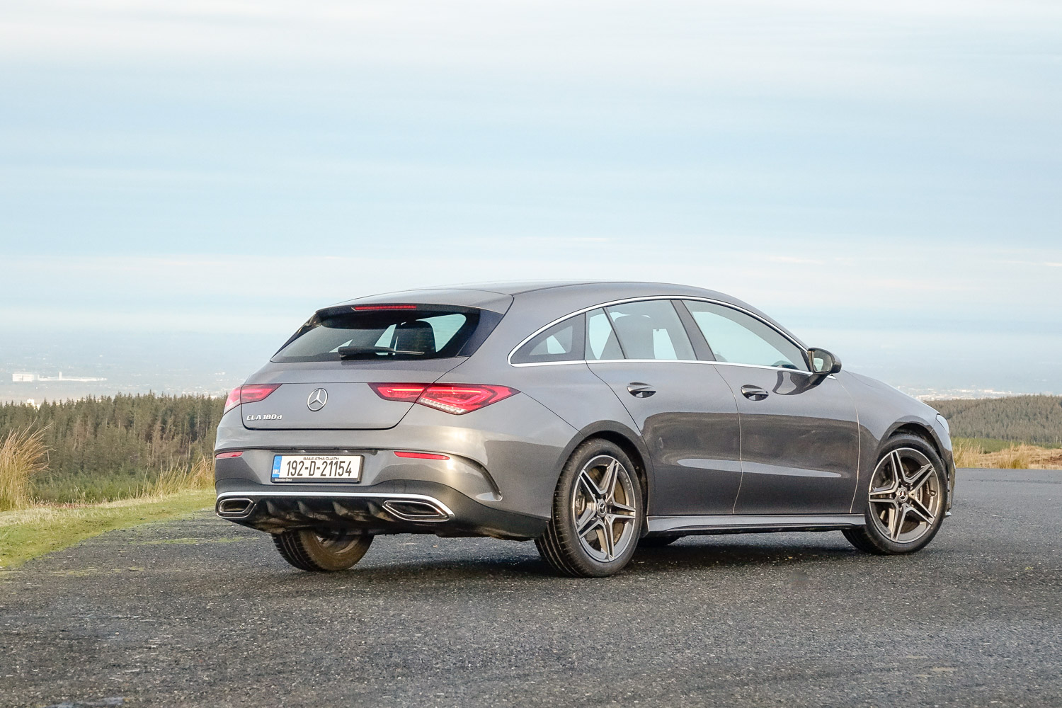 Car Reviews | Mercedes-Benz CLA 180 d Shooting Brake | CompleteCar.ie