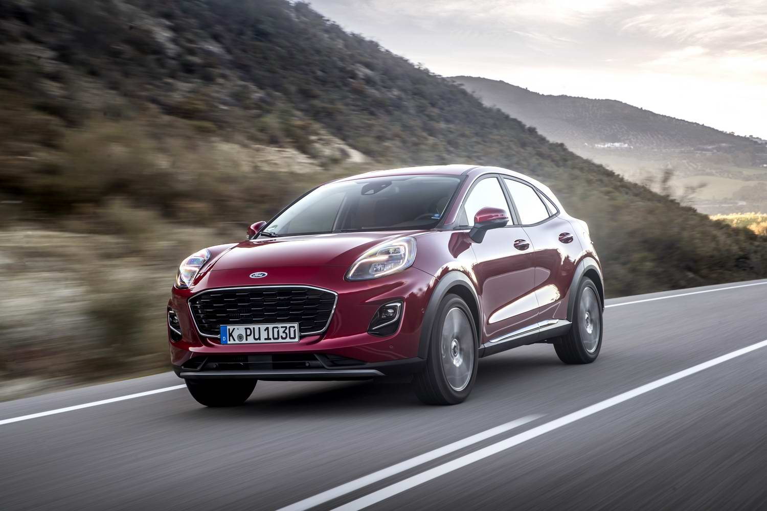 Car Reviews | Ford Puma 1.0 petrol Titanium (2020) | CompleteCar.ie