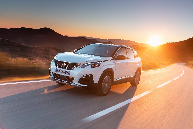 Car Reviews | Peugeot 3008 Hybrid4 (2020) | CompleteCar.ie