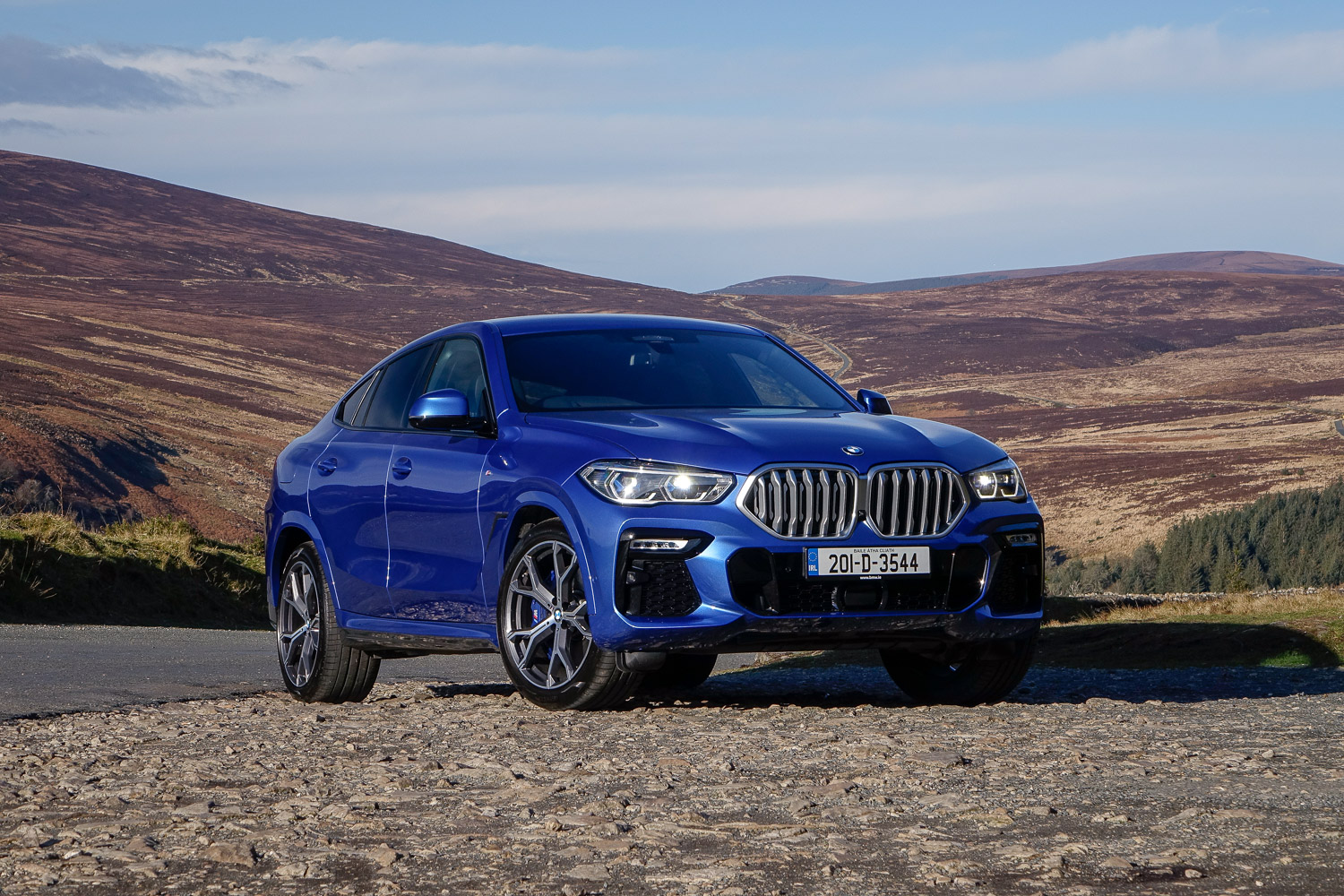 Car Reviews | BMW X6 xDrive30d (2020) | CompleteCar.ie