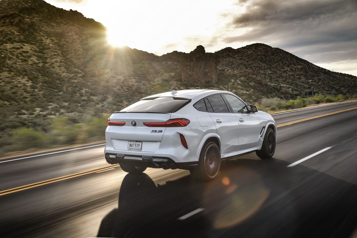 Car Reviews | BMW X6 M Competition (2020) | CompleteCar.ie