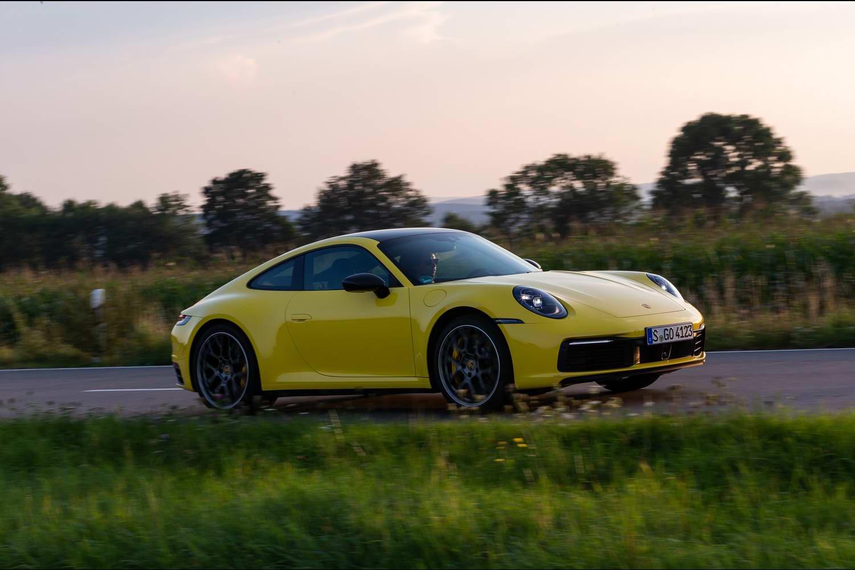 Car Reviews | Porsche 911 Carrera (2020 - 992) | CompleteCar.ie