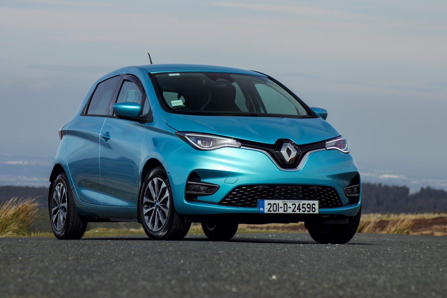 Car Reviews | Renault Zoe R135 Z.E.50 (2020) | CompleteCar.ie